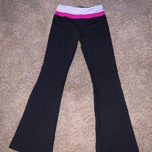 Lululemon black bootcut leggings sz 4